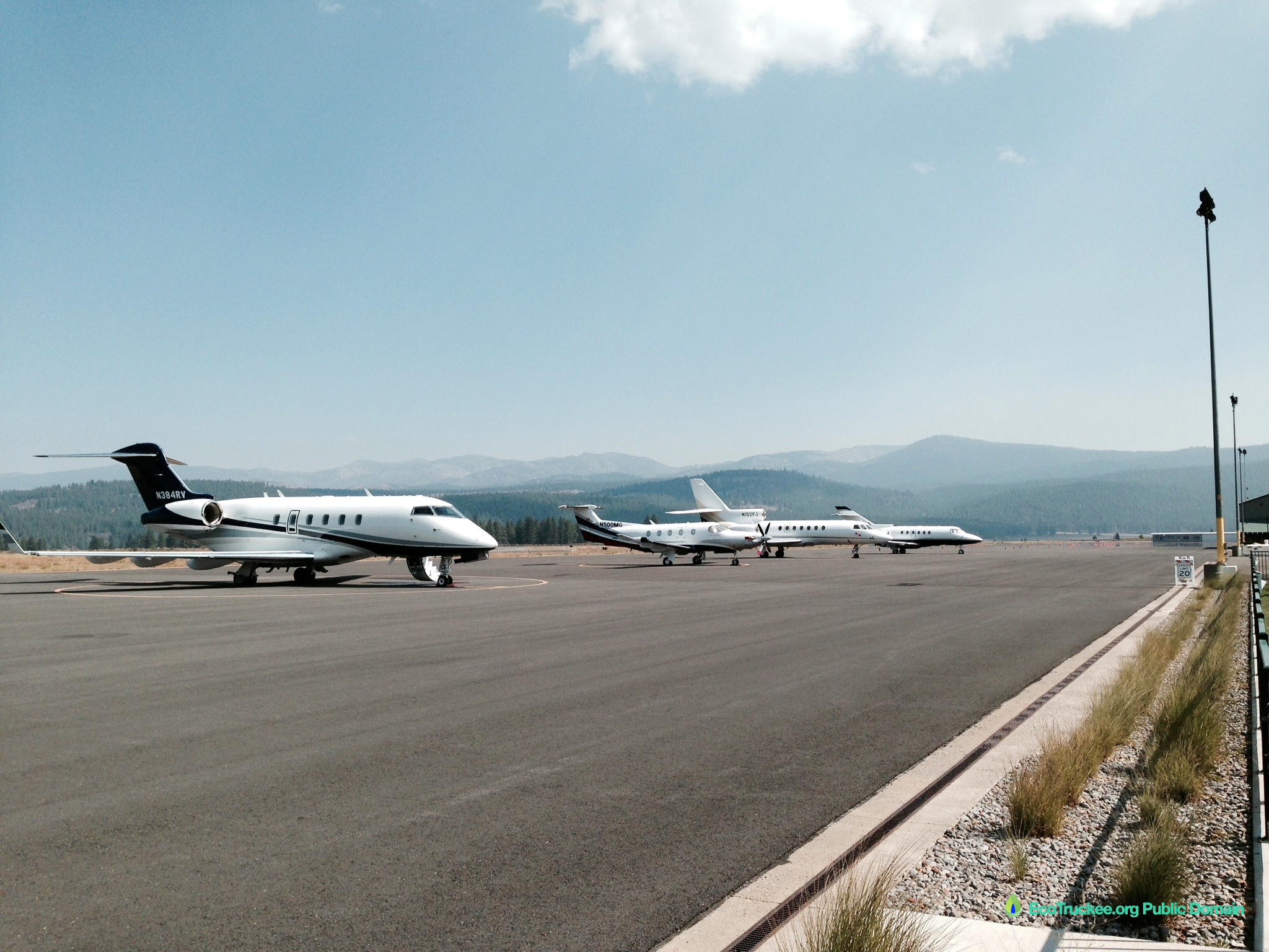 Car Rental Reno Airport: Surf Air Could Fly To Reno Instead To Protect Fragile