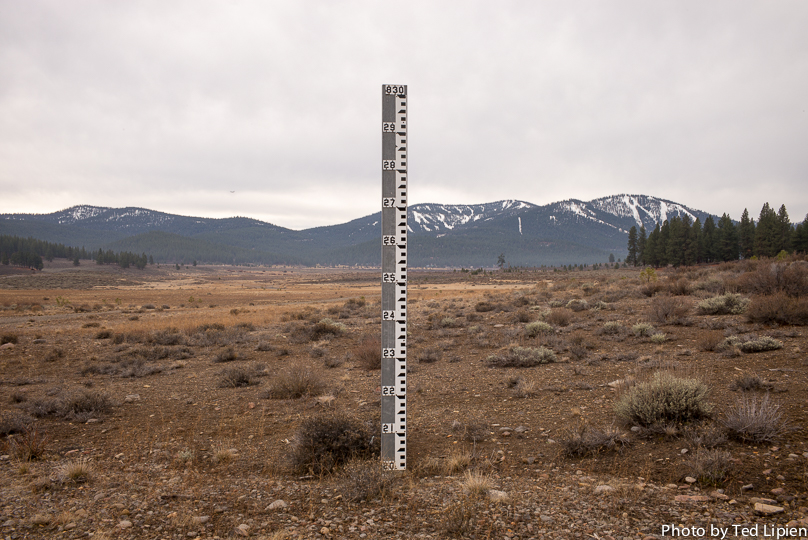 Water Level Marker at Martis Lake,  Dec. 9, 2014
